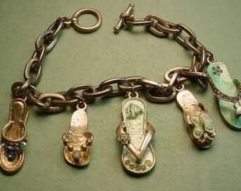 "Flip Flop Charm Bracelet approx 7"" long Flip Flops have set stones & enamel In nice condition<> SH includes Insurance <>ETB5687"