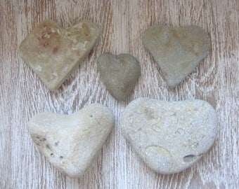 5 medium Heart pebbles/Sea Stones Heart/Beach Heart Rocks/Natural Heart Rock/Heart Stones/Heart Shaped Rock/Wild Harvest/Heart Shape Pebbles
