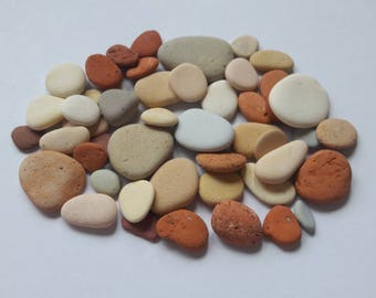 Assortment of 50 French pebbles / stones french