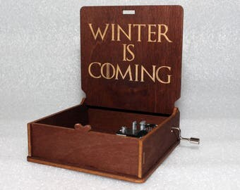 "Winter Is Coming - Engraved Wooden Music Box - ""Game Of Thrones"" - Night's Watch - Hand Crank Movement"