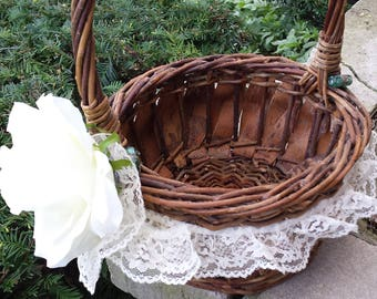 Basket, Lovely decorated