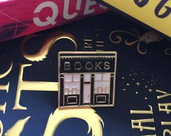 Black Books Enamel Pin - Book Shop Badge/Brooch - Enamel