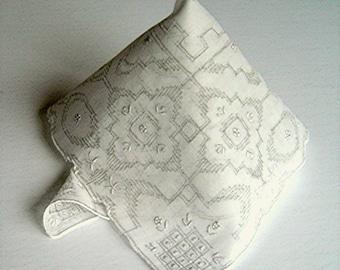 Vintage Fine Linen Appenzell Hand Embroidery Wedding Bridal Handkerchief Hanky Hankie