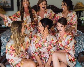 Set of 7 Bridesmaid Robes - Satin Floral Robes, Bridesmaid Robes, Floral Robes, Personalized Robes, Bridal Party Robes, Bridal Robes Set