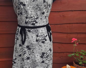 1950s black ,silver & white shift  dress
