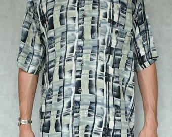 Vintage Pattern Shirt Size L