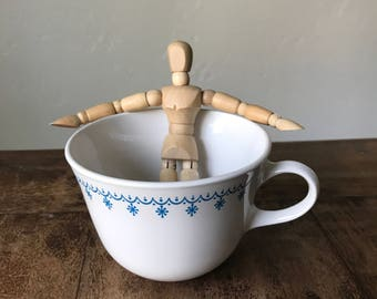 VINTAGE Corelle Snowflake Garland Closed Handle Coffee/Tea Cup