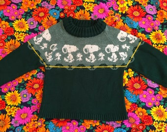 Vintage Kids Snoopy and Woodstock Peanuts Forest Green Sweater Retro Kitsch Nostalgia Novelty 50s 60s