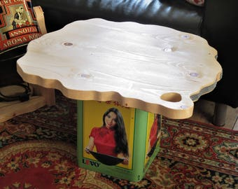 Side table by a Levo look and scaffolding wood, handmade