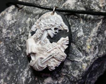Skull Cameo   handpainted