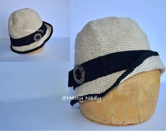 Vintage-style cotton cloche hat