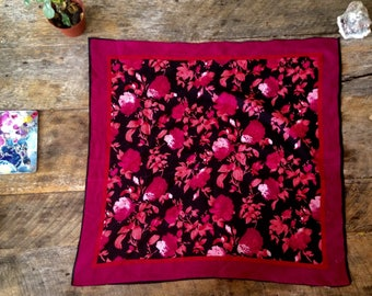 VINTAGE Multicolored Flower Scarf