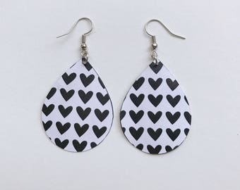 Paper Teardrop Earrings/Black & White Hearts/The Morgan