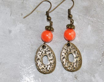 Earrings dangling silver sequin and beads