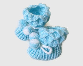 Winter blue crocheted baby shoes Baby booties Crochet baby booties Baby boy shoes Trendy baby Baby shower gift Crochet baby boots