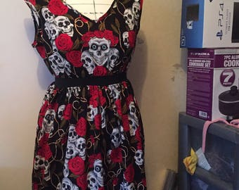 Summer Dress - Skulls & Roses Size 8-10