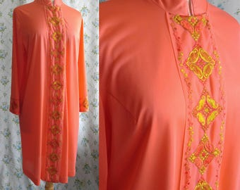 1960s Moroccan inspired embroidered dressing gown