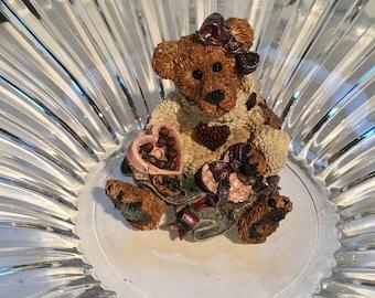 Boyds Bears & Friends/Bailey..Heart Desire / Style # 2272/ 1995