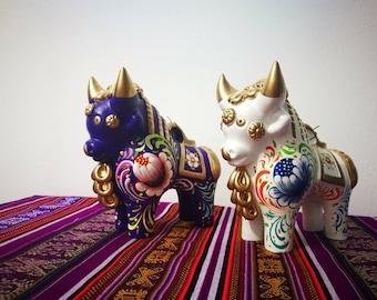 Andean Peru Toritos de Pucara, ceramic crafts