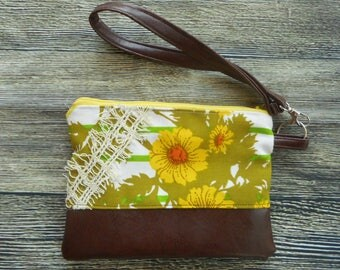 Handmade Vinyl Vintage Upholstery Fabric Retro Chic Clutch Wristlet Wallet Upcycle