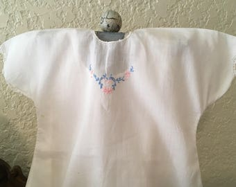 Babydtess- vintage dress - babygifts - babyfashions - kids clothes - retrokids - newborn portraits  - girls dress -