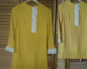 VTG 1960s Mod Mini Dress/ Yellow Mini  Dress