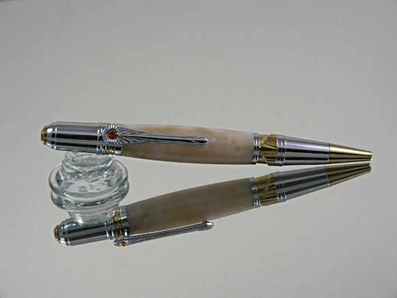 Nouveau Art Deco Ink Pen in Chrome/Gold and Acrylic