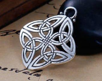 Celtic knot charm/pendant 2 set of 4 X 3.4 cm