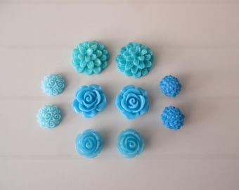 10 resin cabochons flowers to paste blue color