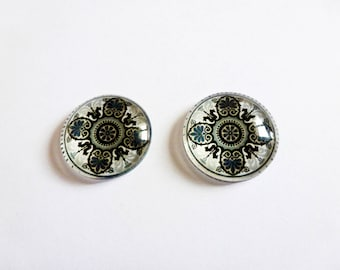 2 cabochons glass 18mm grey black ethnic oriental pattern (sfcv03)