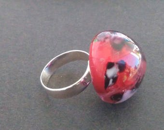 Ring cabochon out of glass - red gold and flowers