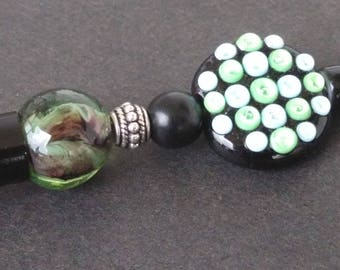 Pen black and green - glass pearls - ebony and metal
