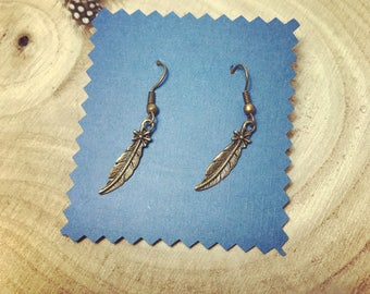 Earrings small feathers