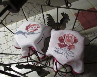 Custom Duo jam pot covers * Digoin flowers * 15 days / / embroidery / / cross stitch / / handmade / /.