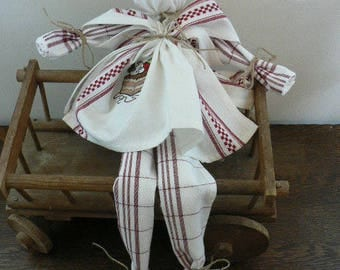 TOWELS EMBROIDERED CHOCOLATE CAKES DOLL