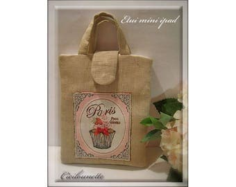 Mini bag in natural linen fabric, padded ipad applique cupcake