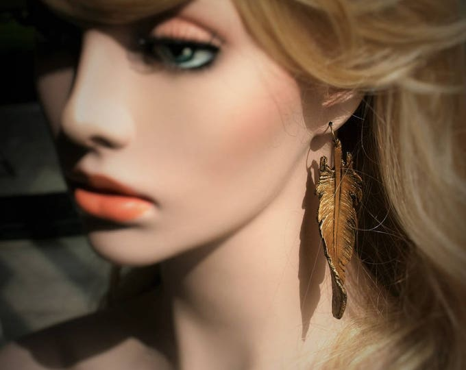 """Pair of earrings fantasy leather """"feathers of old gold"""""""