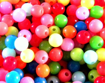 150 acrylic beads 6 mm multicolor PE252