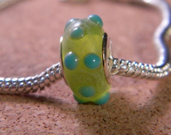 bead charm European glass lampwork - Green - 15 to 16 mm x 8 mm - C26