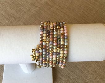 Memory wire Cuff Bracelet pastel and Golden beads.