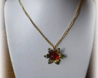 Christmas simple necklace of golden chain and pendant with red and Golden Star