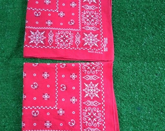 For sale! 2pcs Vintage elephant fast color bandana usa