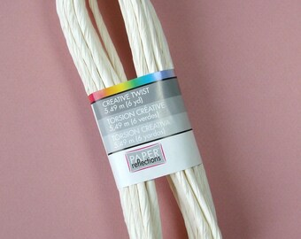 Skein of 5.49 meters of cord, paper, twisting twine, white, 5 mm.