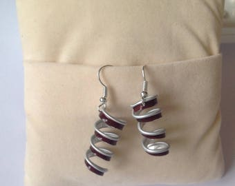 Earrings with Burgundy coffee capsule recycled