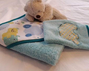 Bath hooded towel and washcloth with Terry cotton fabric and turquoise spring
