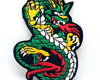 1047# Chinese Dragon green and white Iron/Sew on Embroidered patch