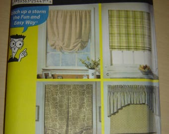 SIMPLICITY PATTERN DRAPES CURTAINS / / MODEL 4