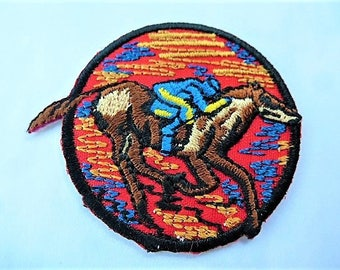 vintage applique racing horse badge patch for customisation clothing or accessories sewing craft or sewing