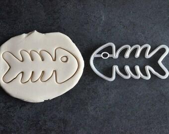 Fish bones cookie cutter