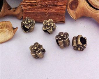 4 flower spacer, large hole 4.5 mm, bronze